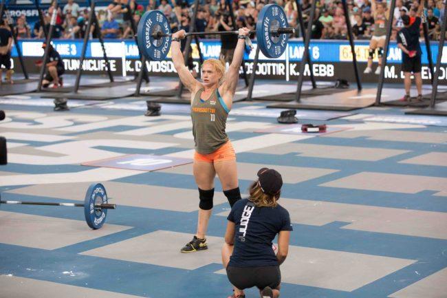 Annie-Thorisdottir-en-plein-wod-lors-des-CrossFit-Games