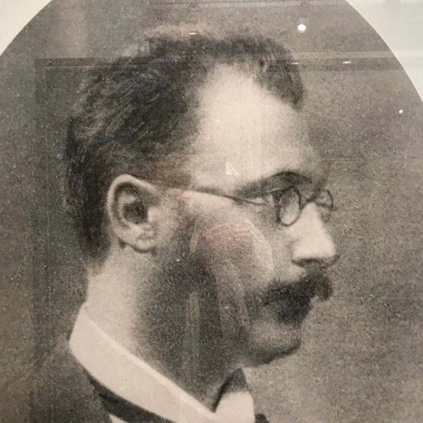 Dr. Georg Coch