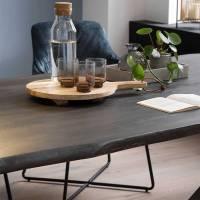 A Fuß Esstisch mit Baumkante in Grau aus Akazie massiv ...