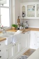 Küche im modernen Landhausstil von Eva   Wohnkonfetti