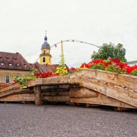Über die Mainbrücke in Kitzingen