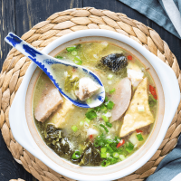 Chinese Fish Soup (魚頭爐)