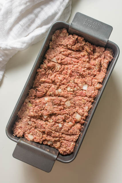 An easy weeknight-friendly meatloaf recipe that takes just minutes to put together and 45 minutes to bake.