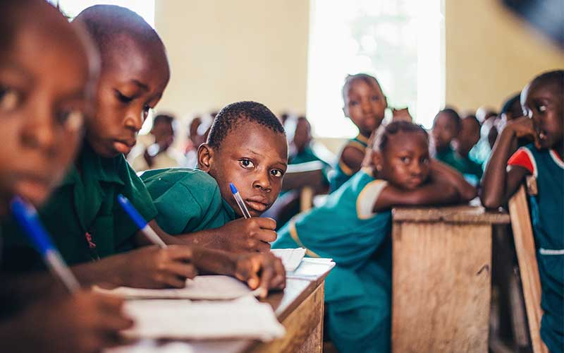 Children-studying-in-classroom