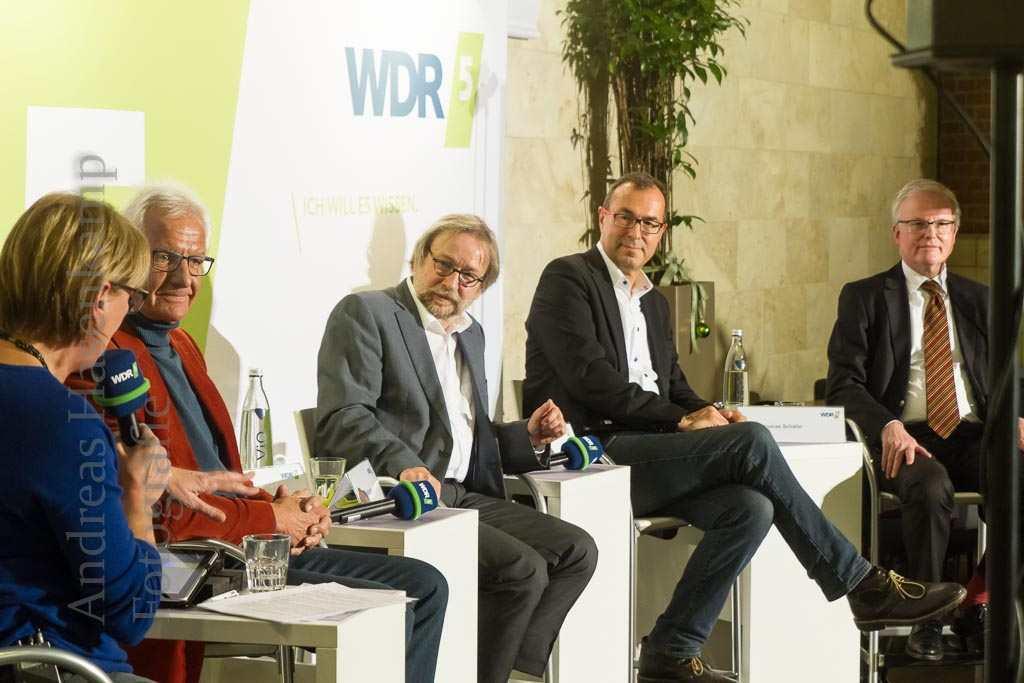 Podiumsrunde zum Verkaufsoffenen Sonntag im WDR5-Stadtgespräche in den Münster-Arkaden. Foto: A. Hasenkamp, Fotograf in Münster.
