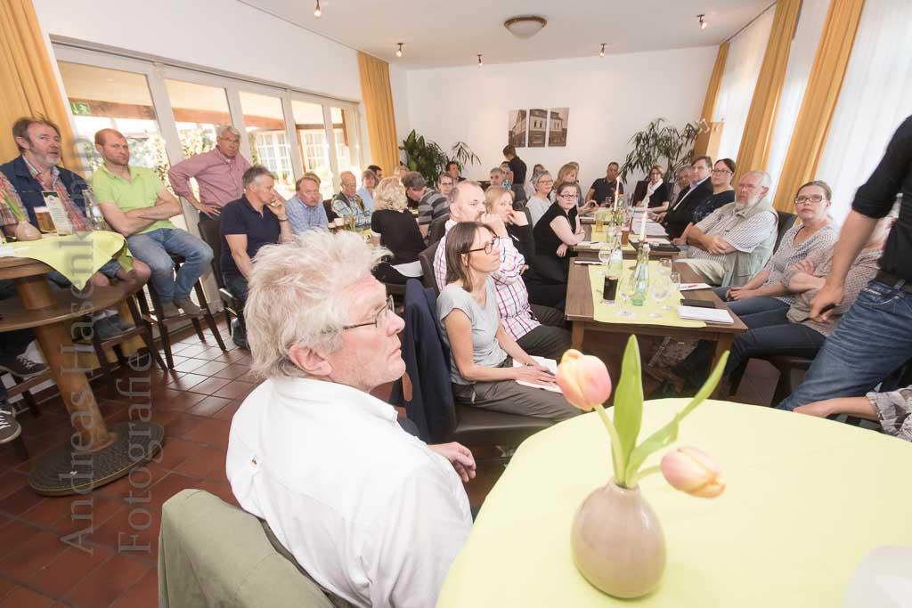 Baustellen-Diskussion beim Gewerbeverein Wolbeck in der Kiepe mit Vertretern von Stadtwerken, Tiefbauamt und Stratiebo. Foto: A. Hasenkamp.