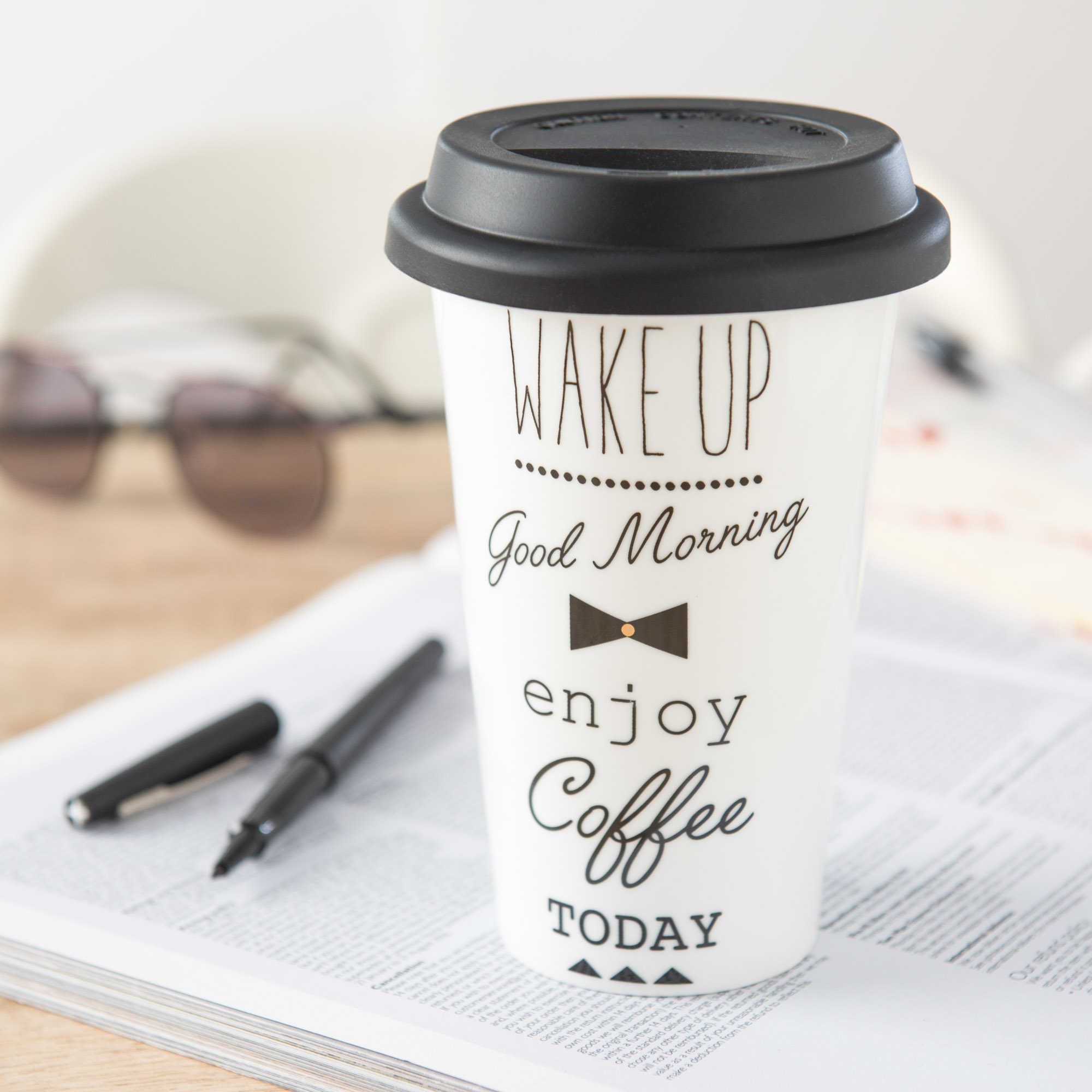 Friday Finds: Best stylish travel coffee mugs - featured image