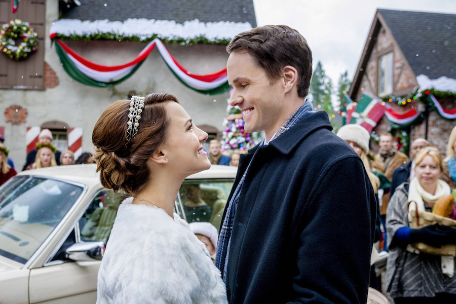 Cheesy Christmas Film Review: Once Upon a Holiday   Wolf & Stag