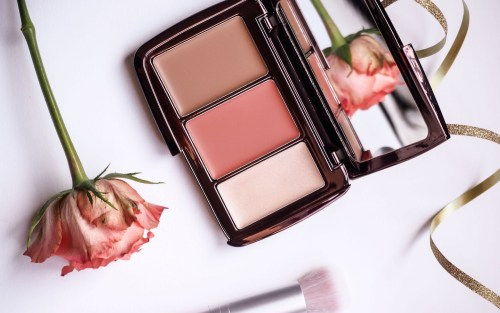 Hourglass Illume Sheer Color Trio review | Wolf