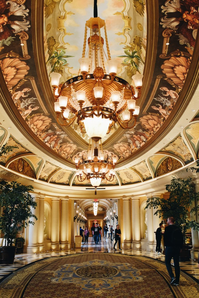 Wolf & Stag Adventures: Vegas & The Grand Canyon | Beautiful Scenes at The Venetian