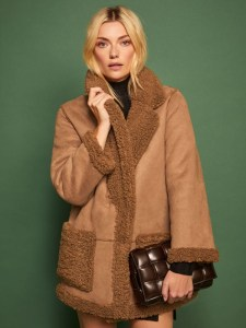 The Sustainable Winter Coat Edit | Reformation Barlow Coat