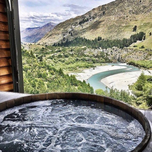 This hot pool! Could I spend my weekend here please?hellip