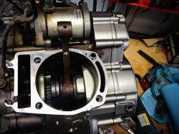 Piston removed for clean up, an opportunity to take a look at the crankshaft