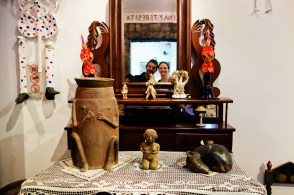 Portrait of Wolf and Zebra at Casa Azul with Frida Kahlo's ashes.