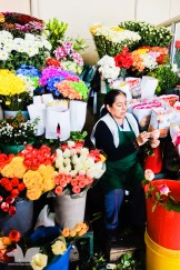 A flower booth in Quito's old town