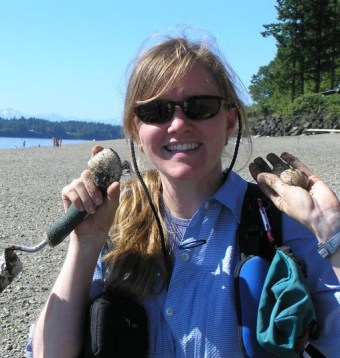 Wolf College co-coordinator Kim Chisholm on a successful Clam Dig