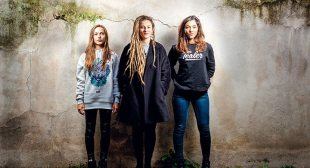 interview with Lucie, Elisa & Juliette (L.E.J.)-indie music-new music-france-music video-l.e.j.-wolfinasuit-wolf in a suit