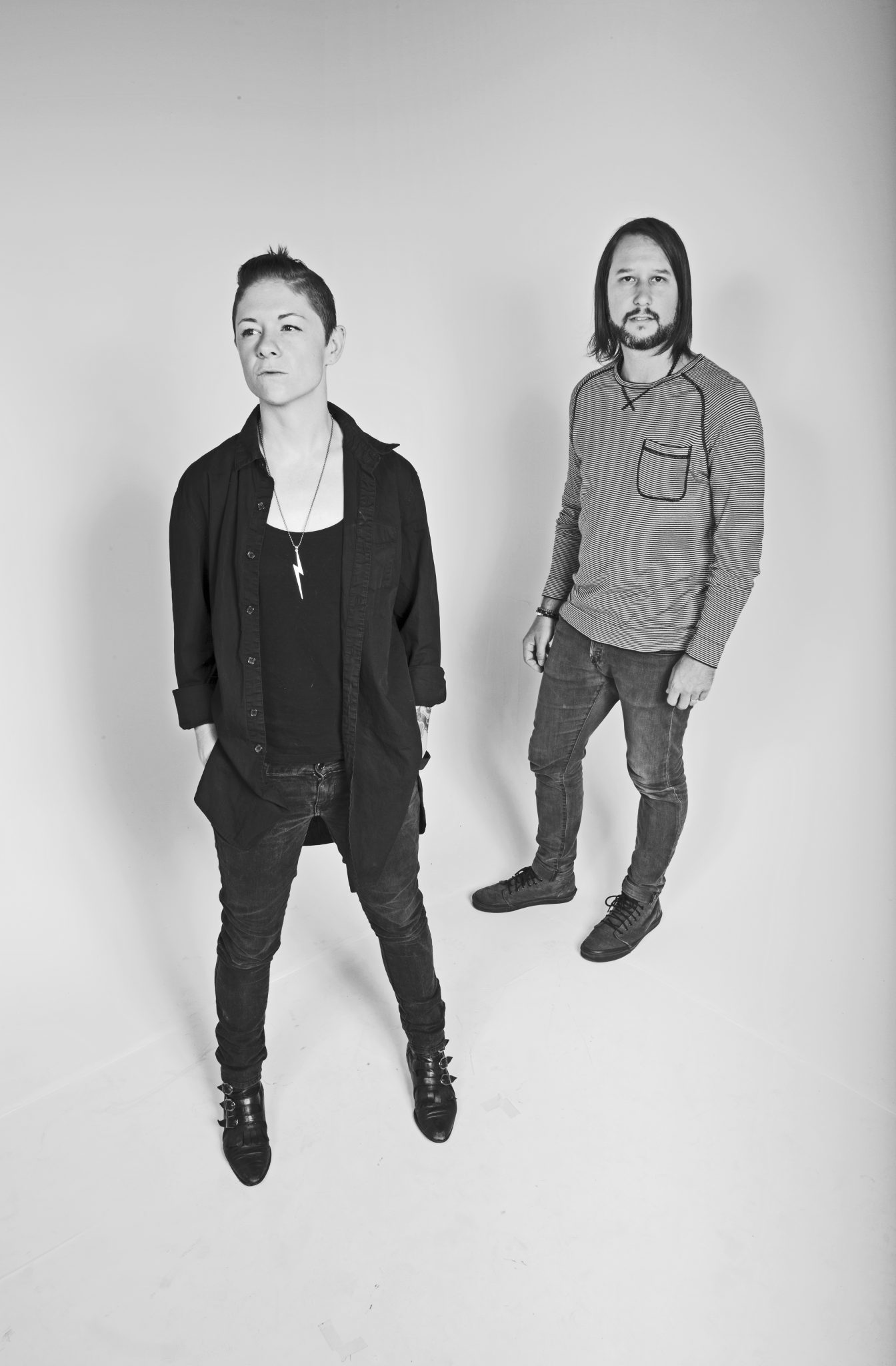 Top 5 New Indie Rock Week 8-indie music-new music-music blog-wolfinasuit-wolf in a suit