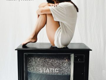 static - by - kelsey colbert - usa - indie music - new music - indie pop - music blog - indie blog - wolf in a suit - wolfinasuit - wolf in a suit blog - wolf in a suit music blog