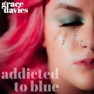 addicted to blue - grace davies - UK - indie - indie music - indie pop - new music - music blog - wolf in a suit - wolfinasuit - wolf in a suit blog - wolf in a suit music blog