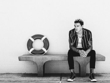 left behind - by - Josh Beech - indie music - new music - indie rock - music blog - indie blog - wolf in a suit - wolfinasuit - wolf in a suit blog - wolf in a suit music blog