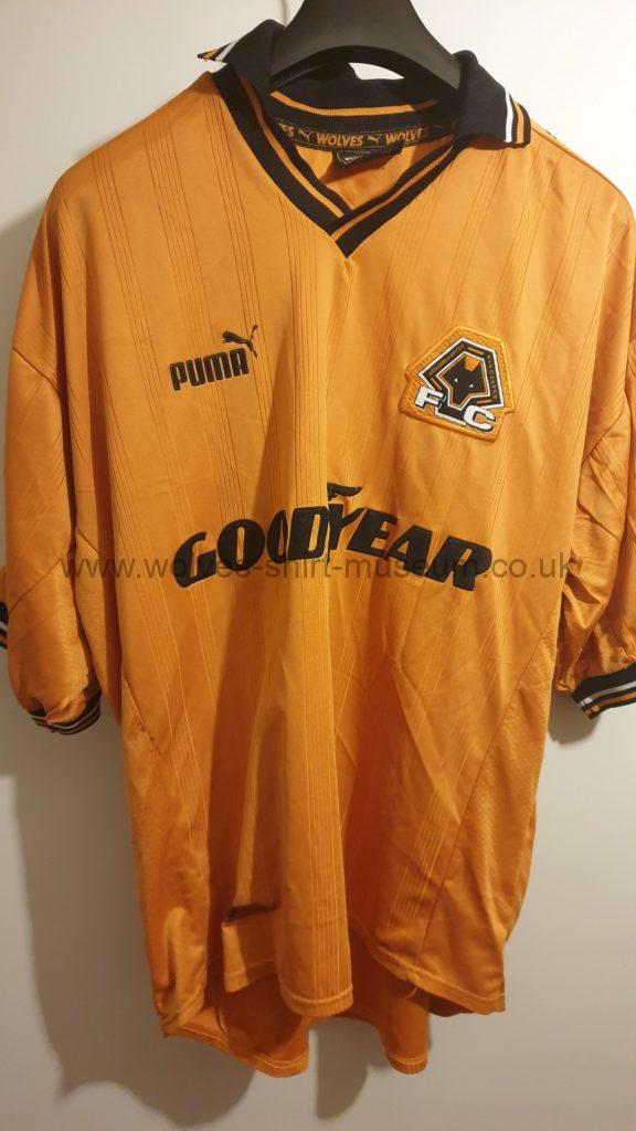 1998-2000 home shirt by Puma, front