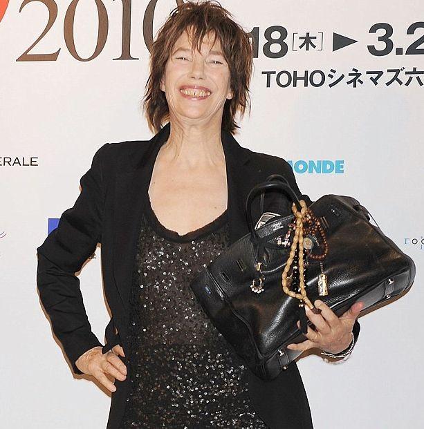 ef7cb01a2570 Джейн Биркин просит Hermès больше не называть сумки её именем ...