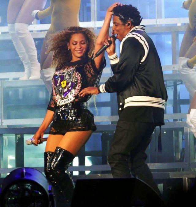 4 наряда, воссоединение Destiny's Child и другие яркие моменты выступления Бейонсе на Coachella