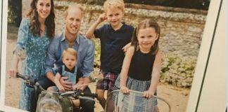 Рождественские открытки принца Уильяма и Кейт Миддлтон, принца Чарльза, а также поздравление от принца Гарри