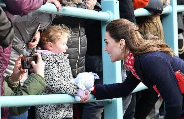 Кейт Миддлтон извинилась перед девочкой за то, что не выглядит как принцесса