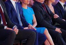 Принц Гарри и Меган Маркл впервые вышли в свет после объявления о сложении полномочий