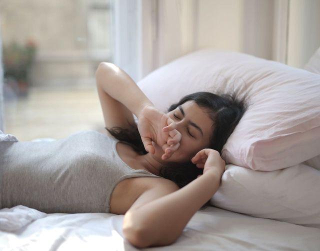 Во сколько нужно ложиться спать чтобы лучше выспаться?