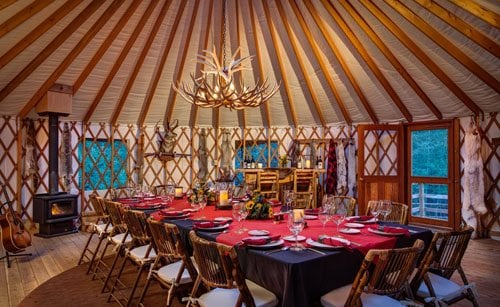 "brush-creek-ranch-wedding-18 ""width ="" 500 ""peak ="" 307 ""srcset ="" https://www.womangettingmarried.com/wp-content/uploads/2015/05/brush-creek-ranch-wedding -18.jpg 500w, https://www.womangettingmarried.com/wp-content/uploads/2015/05/brush-creek-ranch-wedding-18-300x184.jpg 300w, https://www.womangettingmarried.com /wp-content/uploads/2015/05/brush-creek-ranch-wedding-18-330x203.jpg 330w ""sizes ="" (max-width: 500px) 100vw, 500px ""data-jpibfi-post-excerpt ="" "" data-jpibfi-post-url = ""https://www.womangettingmarried.com/brush-creek-ranch-wedding-venue/"" data-jpibfi-post-title = ""Brush Creek Ranch"" data-jpibfi-src = "" https://i2.wp.com/www.womangettingmarried.com/wp-content/uploads/2015/05/brush-creek-ranch-wedding-18.jpg?w=696&ssl=1 ""/></p data-recalc-dims="