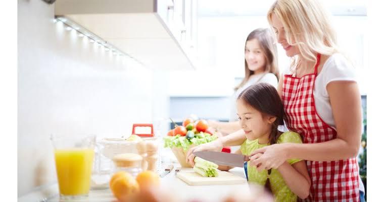 Tips Pengasuhan Anak Yang Melibatkan Orang Tua Agar Tetap Seragam