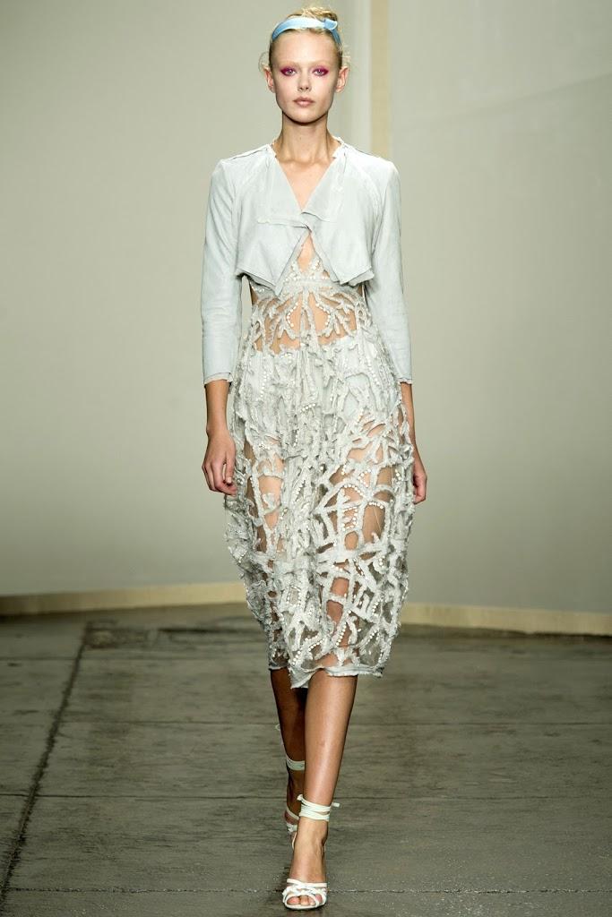New-York-Fashion-Week-Donna-Karan-Spring-Summer-2013-16