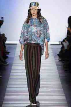 BCBG-Max-Azria-collection-anoixi-kalokairi-2016-32