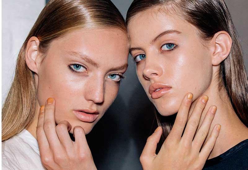 Χρώμα στα Νύχια Άνοιξη Καλοκαίρι 2017 - διάφανα μανό