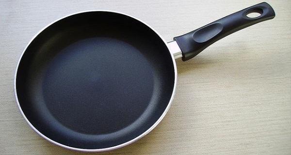 Προσοχή: Πετάξτε αμέσως τα τηγάνια σας που αναγράφουν αυτή την ένδειξη