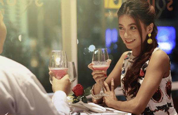 Δείπνο πριν το σεξ; Δείτε τι πρέπει να αποφύγετε… πάση θυσία