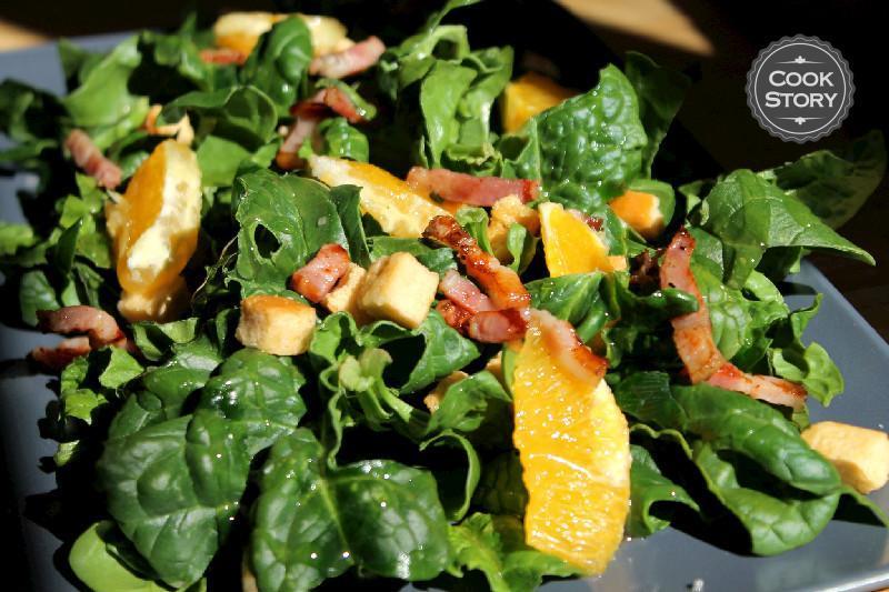 Σαλάτα Σπανάκι με Μπέικον, Πορτοκάλι και σάλτσα Εσπεριδοειδών