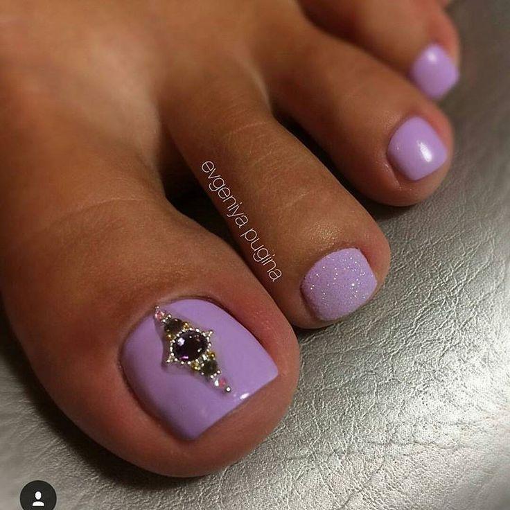 Το Λιλά είναι το χρώμα που θέλεις στα νύχια σου Άνοιξη/Καλοκαίρι 2017