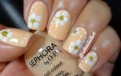 Πως να δημιουργήσετε τα πιο απλά nail art με λουλούδια