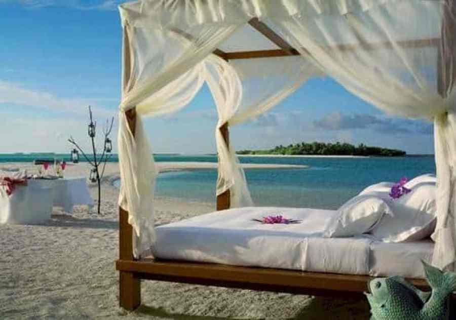 bed beach