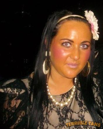 fake-tan-and-ugly-makeup