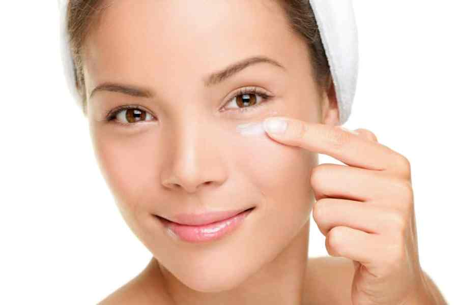 Face skin cream woman