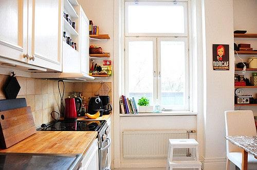 kitchen windows spring cleaning