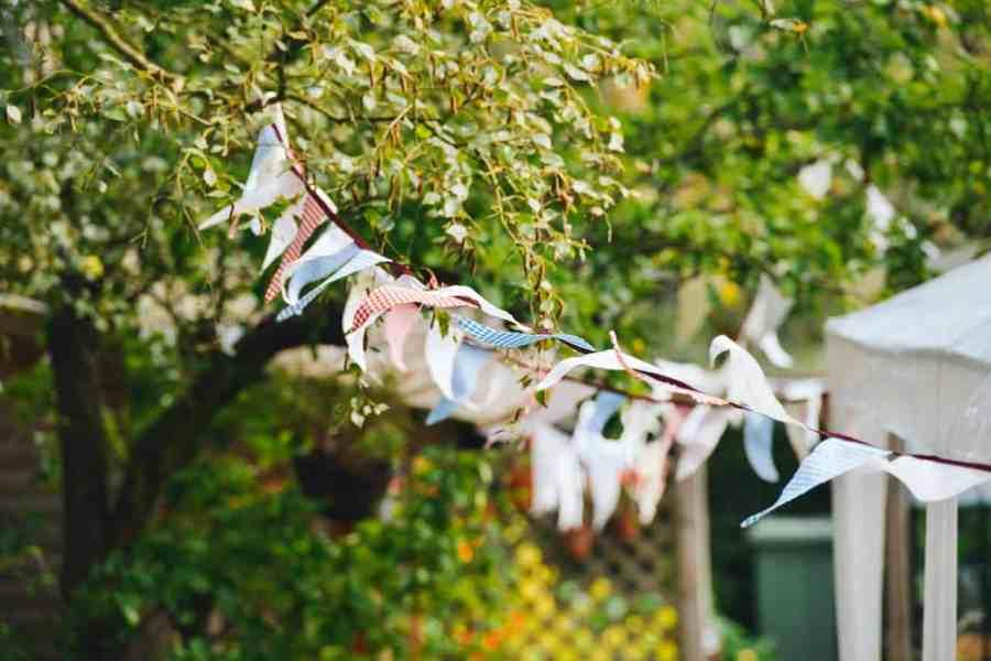 festival-flags-garden-party-1