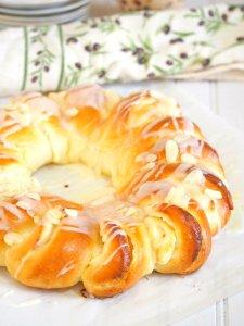 Brioche Bread Ring with Honey Stung Cream Cheese