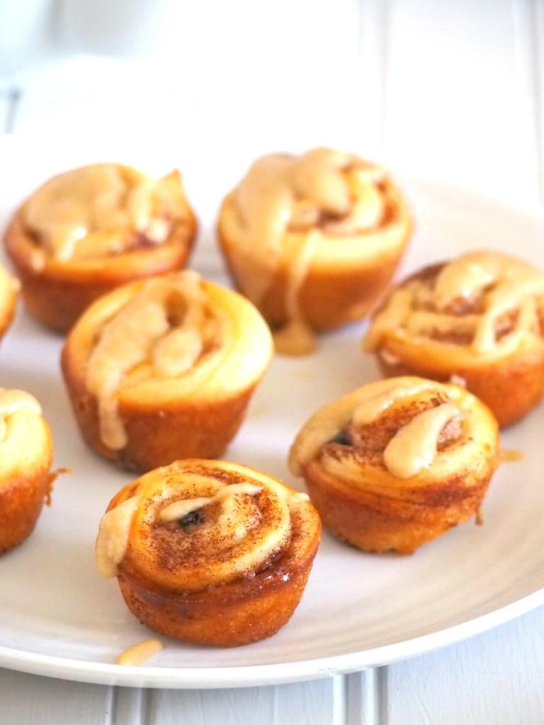 Mini Cinnamon Rolls Recipe with Coffee Icing