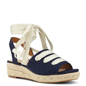 נעלי פלטפורמה עם שרוך ניין ווסט קולקציית 2017